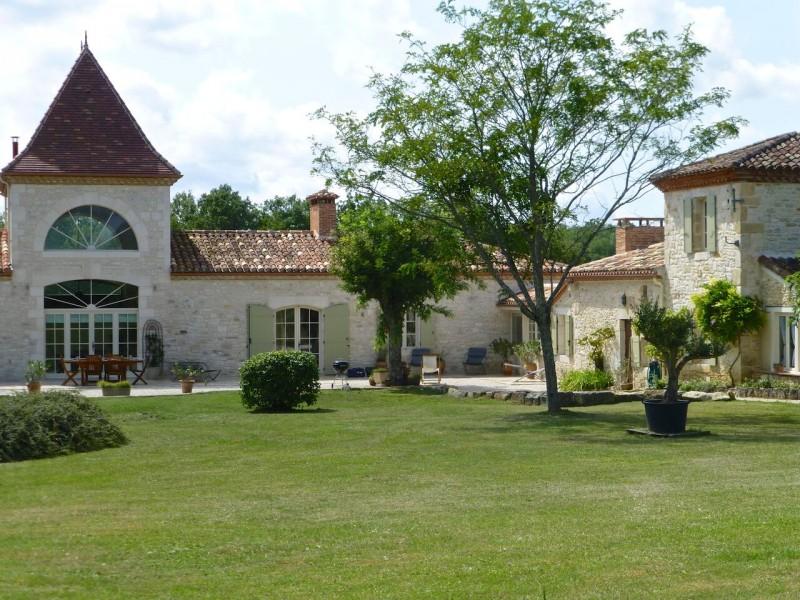 Landhuis met zwembad te koop lot et garonne frankrijk moulin - Chique landhuis ...