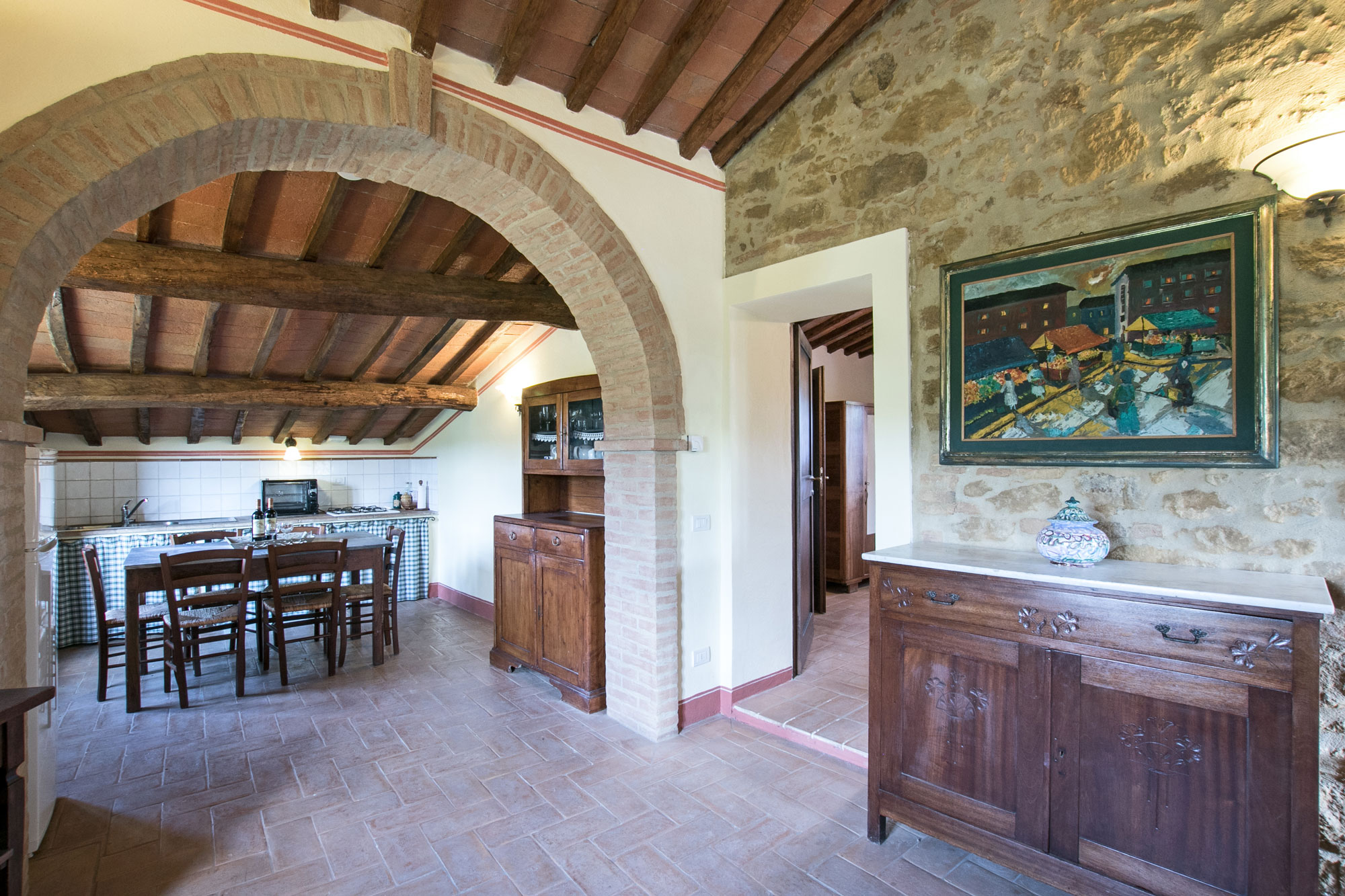 Farmhouse with pool for sale near Pienza and Montepulciano